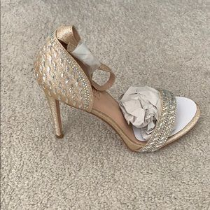 Bridal Shoes Size 7.5 New In Box